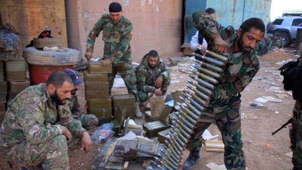 V syrském MZV se vyjádřili k americkému rozhodnutí zrušit zákaz na dodávky zbraní - Sputnik Česká republika