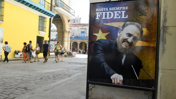 Plakát s zobrazením Fidela Castra - Sputnik Česká republika