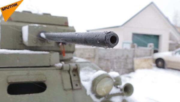 Dokážete smontovat opravdový tank? - Sputnik Česká republika