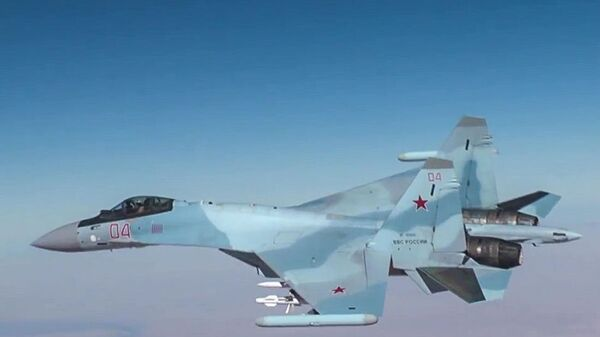 Ruská stíhačka Su-30 v Sýrii - Sputnik Česká republika