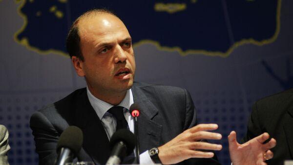 Italský ministr zahraničních věcí Angelino Alfano - Sputnik Česká republika