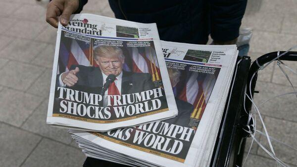 Noviny s Donaldem Trumpem na obálce - Sputnik Česká republika