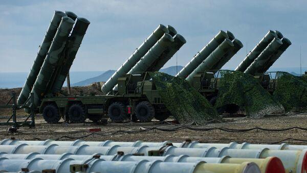 Systémy protivzdušné obrany S-400 - Sputnik Česká republika