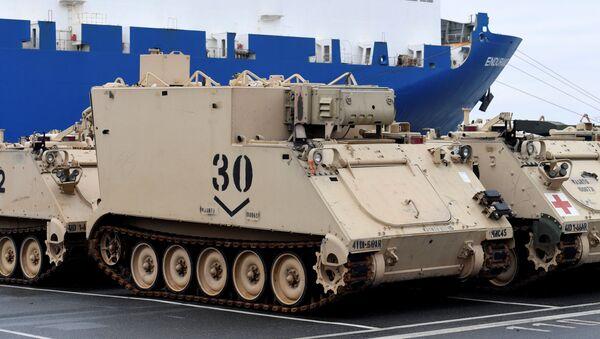 Tanková brigáda USA v německém přístavu Bremerhaven. Ilustrační foto - Sputnik Česká republika
