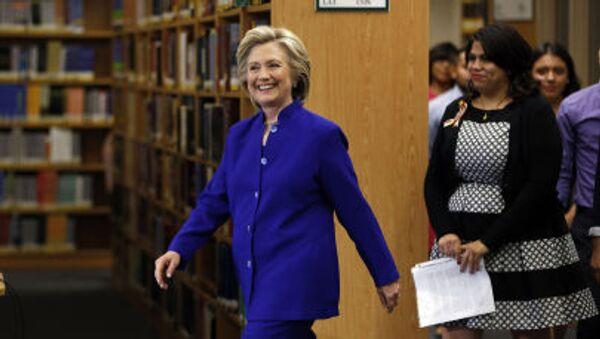 Bývalá ministryně zahraničních věcí USA, kandidátka na prezidentku USA Hillary Clintonová. - Sputnik Česká republika