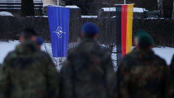 Cvičení NATO v Oberviechtach - Sputnik Česká republika