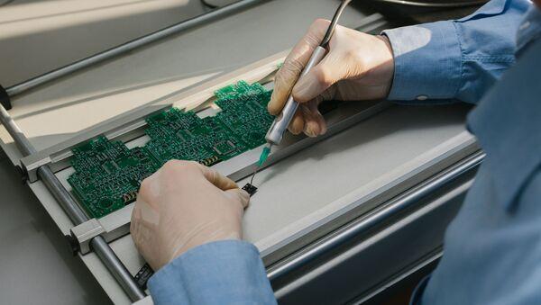 Výroba mikročipů - Sputnik Česká republika