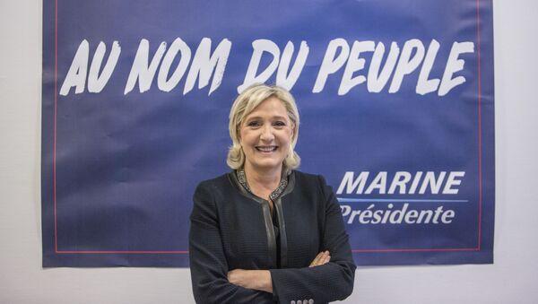 Vůdkyně francouzské strany Národní fronta Marine Le Penová - Sputnik Česká republika