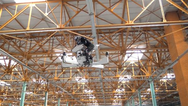 V Moskvě vyzkoušeli poslední verzi ruského hoverbike Skorpion-3 - Sputnik Česká republika
