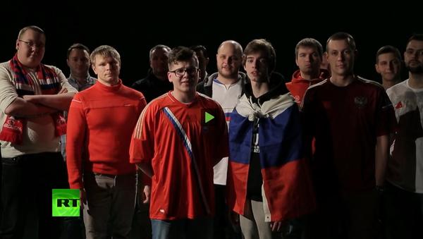 """""""Přijeďte, nedotkneme se"""": ruští fotbaloví fanoušci zazpívali píseň britským fanouškům - Sputnik Česká republika"""