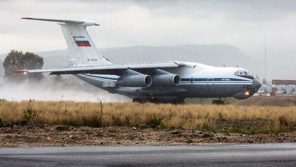Letadlo Il-76 - Sputnik Česká republika