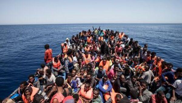 Migranti u pobřeží Libye - Sputnik Česká republika