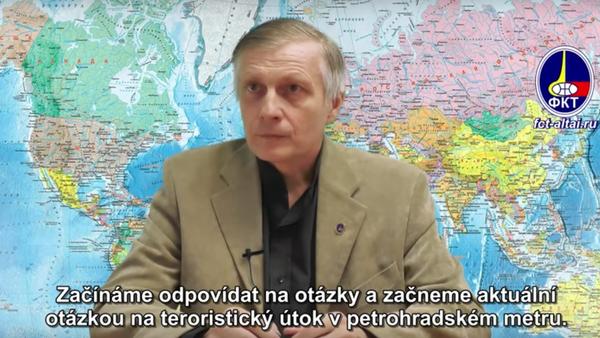 Politolog Pjakin odpovídá na otázky. Video - Sputnik Česká republika