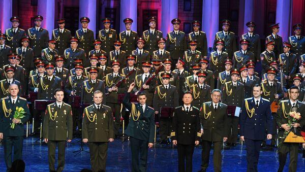 Выступление нового состава ансамбля Александрова в театре Российской армии в Москве - Sputnik Česká republika