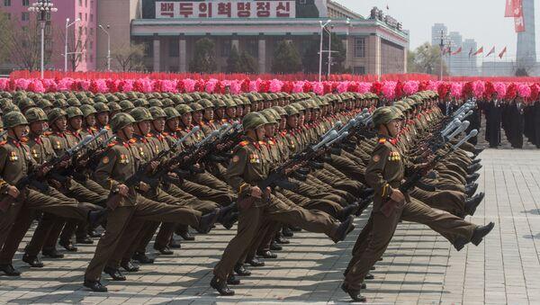 Vojenská přehlídka v Pchjongjangu - Sputnik Česká republika