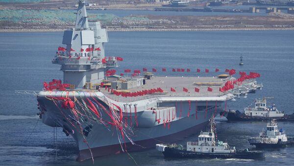 Čínská letadlová loď Šan-tung - Sputnik Česká republika