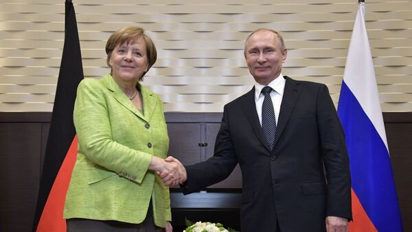 Angela Merkelová a Vladimir Putin - Sputnik Česká republika