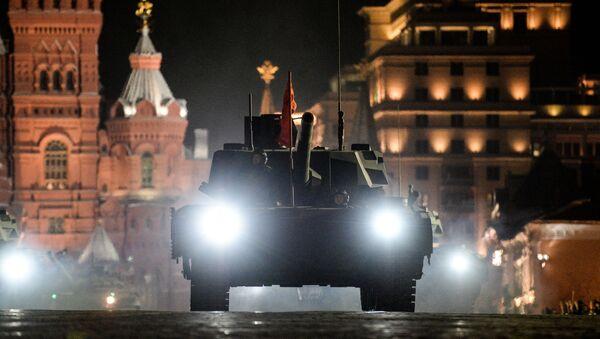 Tank T-14 na zkoušce Přehlídky vítězství - Sputnik Česká republika