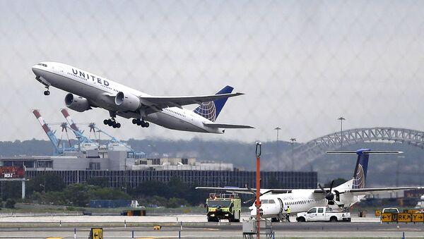 Letadlo United Airlines - Sputnik Česká republika