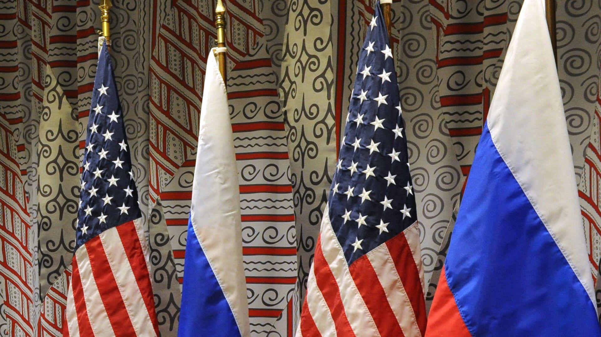 Vlajky Ruska a USA. Ilustrační foto - Sputnik Česká republika, 1920, 25.04.2021