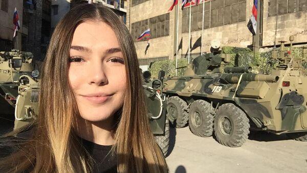 Mariana Naumova během návštěvy ruské základny v Sýrii - Sputnik Česká republika