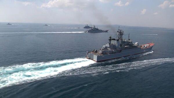 Loď Černomořské flotily během cvičení - Sputnik Česká republika