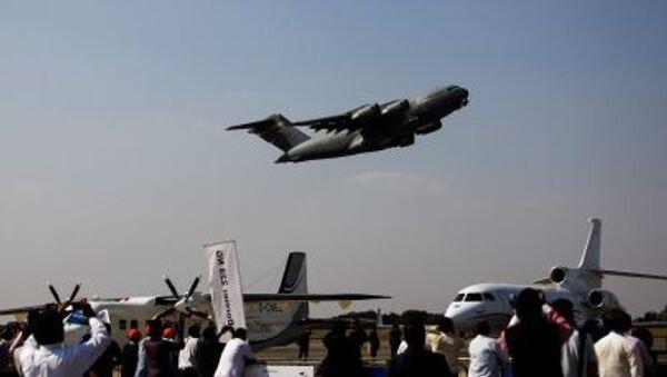 Americké vojenské nákladní letadlo C-17 Globalmaster - Sputnik Česká republika