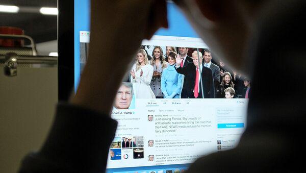 Trumpův účet na Twitteru - Sputnik Česká republika