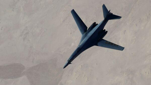 B-1B a KC-135 - Sputnik Česká republika