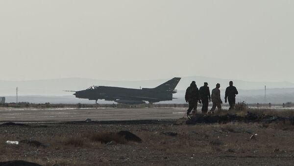 Syrská stíhačka Su-22 - Sputnik Česká republika