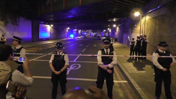 Policisté uzavřeli ulici po teroristickém útoku. Ilustrační foto - Sputnik Česká republika