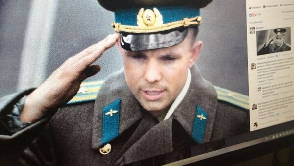 Fotografie Jurije Gagarina kolorizovaná Olgou Širninovu - Sputnik Česká republika