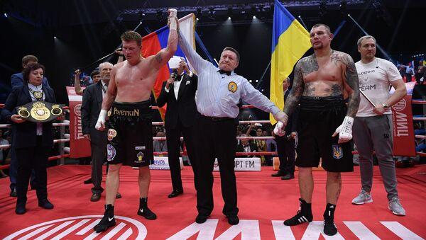Ruský boxer supertěžké váhy Alexandr Povětkin porazil Ukrajince Andreje Ruděnka v boji o tituly WBO International a WBA Inter-Continental - Sputnik Česká republika