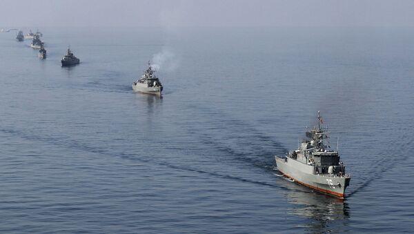 Íránské vojenské lodě v Hormuzském průlivu - Sputnik Česká republika