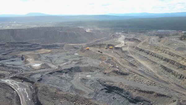 Jak se těží uhlí: důl z ptačí perspektivy - Sputnik Česká republika