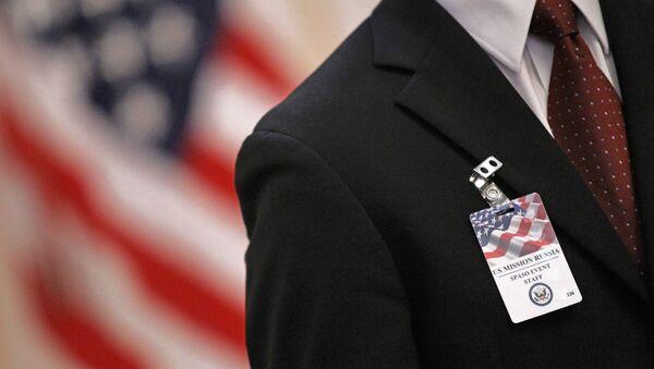 Odznak zaměstnance velvyslanectví USA - Sputnik Česká republika