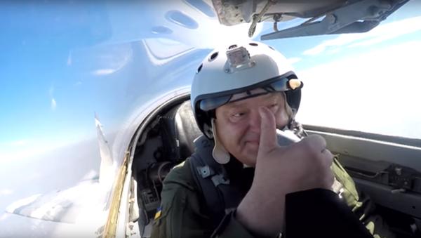 Objevilo se video letu Porošenka - Sputnik Česká republika