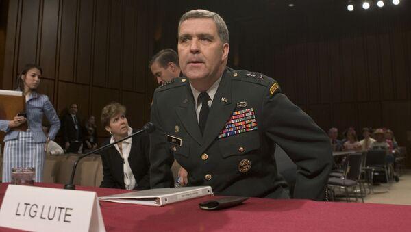 Velvyslanec USA při NATO Douglas Lute - Sputnik Česká republika