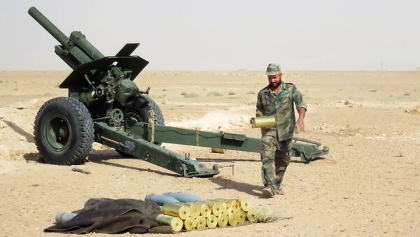 Syrský voják v okolí Dajr az-Zaur - Sputnik Česká republika