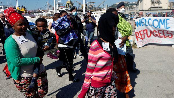 Migranti v Itálii - Sputnik Česká republika