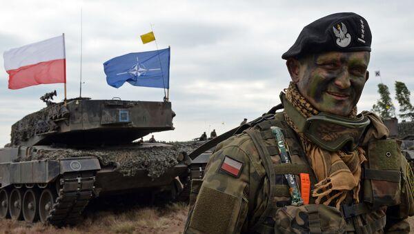 Velitel polského tanku na vojenském cvičení NATO - Sputnik Česká republika
