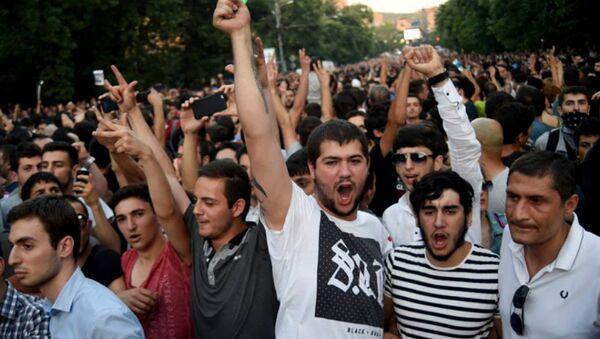 Protesty v Jerevanu - Sputnik Česká republika
