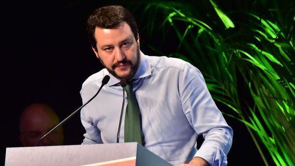 Vůdce strany Liga Severu Matteo Salvini - Sputnik Česká republika