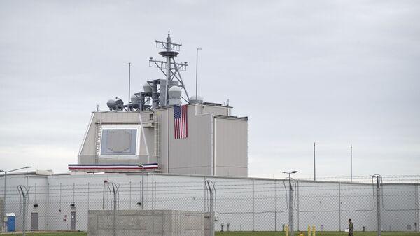 Радар противоракетной обороны США на базе Девеселу в Румынии  - Sputnik Česká republika