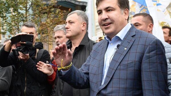 Exprezident Gruzie a exgubernátor Oděské oblasti Michail Saakašvili na mítinku před budovou Nejvyšší Rady - Sputnik Česká republika
