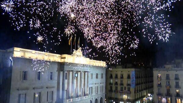 Ať žije Katalánsko: v Barceloně proběhly mítinky pro a proti nezávislosti - Sputnik Česká republika