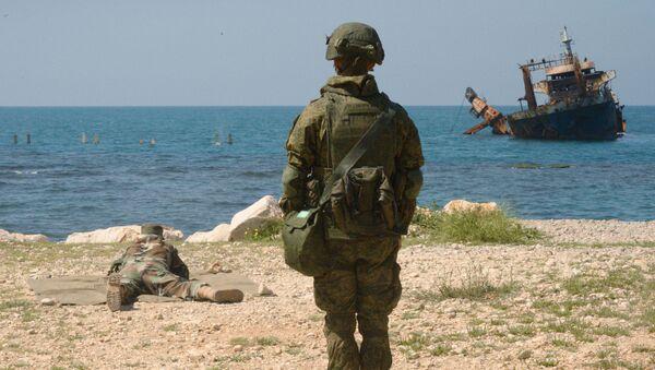 Společná cvičení ruských a syrských vojáků v Tartusu - Sputnik Česká republika
