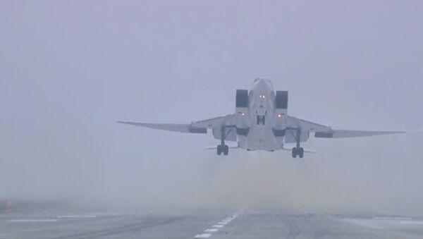 Ruské ministerstvo obrany zveřejnilo video útoku na objekty IS v Sýrii - Sputnik Česká republika