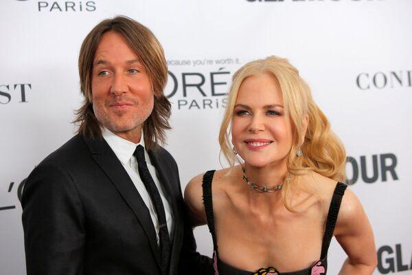 Australský country zpěvák, skladatel a kytarista Keith Urban a australská herečka a producentka Nicole Kidmanová na ceremonii udělení ceny Žena roku časopisu Glamour v New Yorku - Sputnik Česká republika