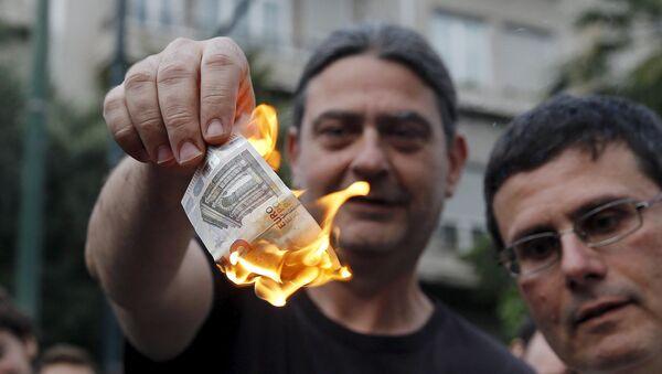 Řek pálí euro - Sputnik Česká republika